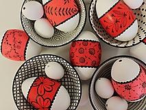 Dekorácie - husacie vajíčka s pruhom /farby na želanie - 13291837_