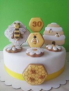Dekorácie - Medovnikove komponenty na tortu pre včelára - 13295882_
