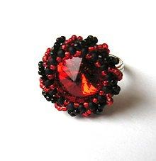 Prstene - Prsten s červenou rivolkou - 13296808_