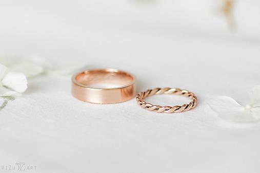 Zlaté filigránové obrúčky (ružové) - Splynutie