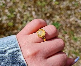 Prstene - Etiopský Welo Opál v pozlátenom prsteni Ag 925 - 13300452_
