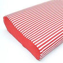Úžitkový textil - Tenký pásik červený - úplet - obliečka na anatomický vankúš - 13299271_