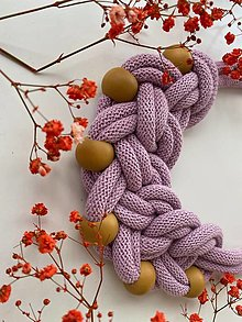 Náhrdelníky - Fialkový zauzlovaný s korálky - 13306812_