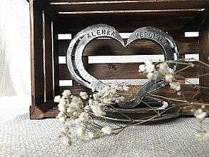 Darčeky pre svadobčanov - Darčekové kované srdce - 13304527_