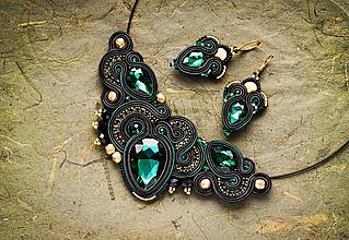 Sady šperkov - Zeleno-čierny soutache set náhrdelníka a náušníc - 13309788_