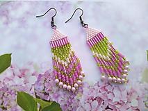 Náušnice - Náušnice šité indiánské růžové s zelenou - 13310452_