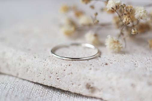 Strieborný prsteň – minimal