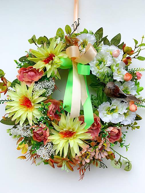 Veniec krása kvetín