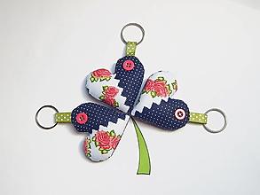 Kľúčenky - Prívesky na kľúče - folklórne ružičky - 13311342_