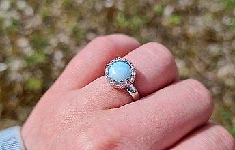 Prstene - Larimar prsteň z rhodiovaného striebra - 13315616_