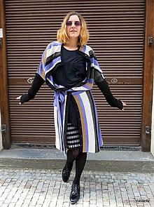 Kabáty - KVIDO-křivý kabát pruhovaný s vazačkou - 13319087_