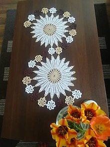 Úžitkový textil - Háčkovaný stredový obrus trojfarebný - 13322067_