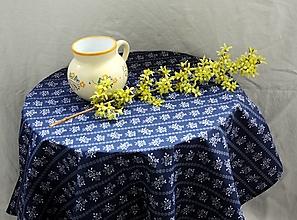 Úžitkový textil - Obrus. Modrotlačový ako z drevenej chalúpky. - 13322906_