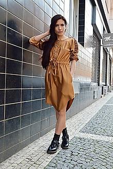Šaty - Škoricové šaty s folkovým detailom - 13323641_