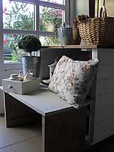 Nábytok - Vidiecka drevená lavička - 13321912_