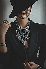 Náhrdelníky - Šujtášový statement náhrdelník Marlene - 13326463_