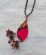 Náhrdelníky - Náhrdelník drevo a živica - 13328993_