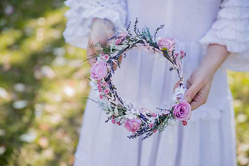 """Kvetinový venček """"s láskou k tichým večerom"""""""