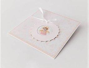 Papiernictvo - Blahoželanie k 1. sv. prijímaniu/krstu - vyšívaná pohľadnica pre dievčatko - 13333930_