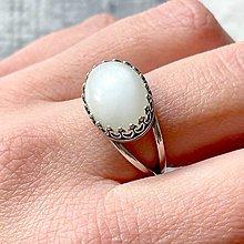 Prstene - White Moonstone Ag925 Vintage Ring  / Strieborný prsteň s bielym mesačným kameňom - 13335919_