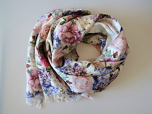 Ľanový šál ruže a hortenzie