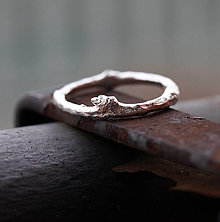 Prstene - Vetvičkový prsteň robustnejší v zlate - 13337926_