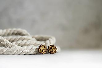 Náušnice - Drevené maľované náušnice Mandala zlatistá - 13337999_