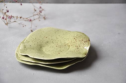 tanierik, podšálka kruh zelený
