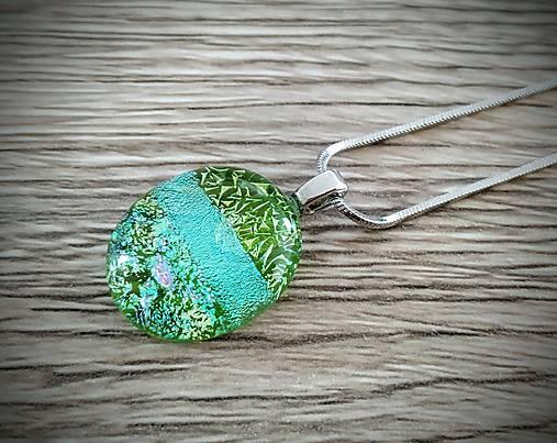 Prívesok s retiazkou Spring green mini