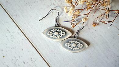 Náušnice - keramické náušnice č.379_ sivá myška - 13342903_