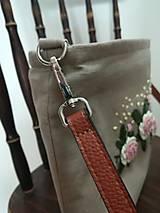 Kabelky - Ručne vyšívaná kabelka - 13344234_