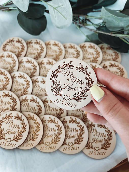 Magnetky pre svadobných hostí Mr & Mrs