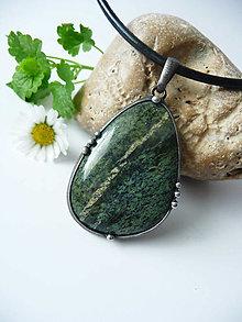 Náhrdelníky - Amulet - Serpentinit - 13347052_