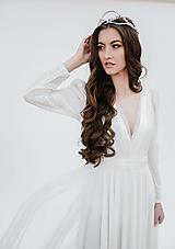 Šaty - Svadobné šaty z bodkovaného tylu s kruhovou sukňou SKLADOM - 13349449_