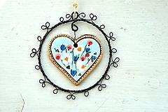 Dekorácie - Srdce plné kvetov - 13349491_