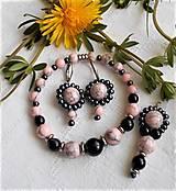 Sady šperkov - Ružový howlit - 13354798_