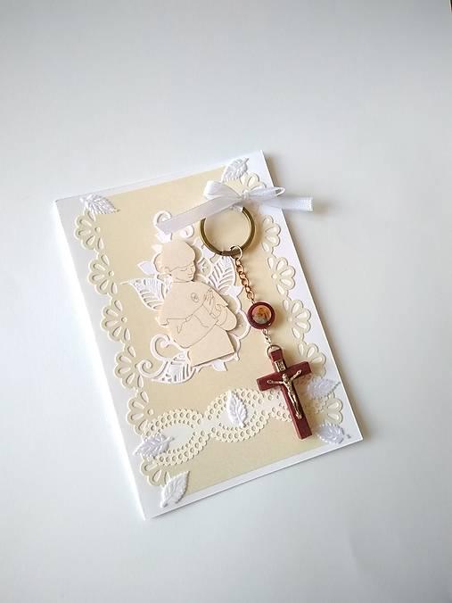 pohľadnica 1. sväté prijímanie pre chlapca s darčekom
