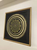Obrazy - Netradičná čierno-zlatá mandala - 13354053_
