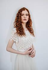 Šaty - Svadobné šaty z krajky v geometrickom motíve a tylovou sukňou - 13355300_