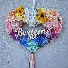 Dekorácie - Dekoračné svadobné srdce dúhové, pestré, pastelové - 13359523_