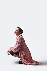 Svetre/Pulóvre - Sveter dhý ružový ručne pletený - 13359488_