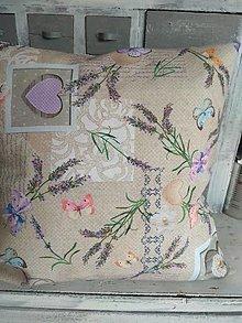 Úžitkový textil - Vankúš levanduľa na hnedom - 13356870_
