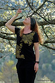 Tričká - Dámske tričko maľované CASHMERE - 13357329_