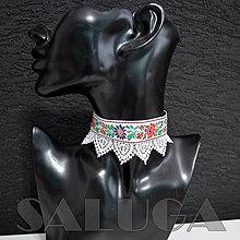Náhrdelníky - CHOKER - náhrdelník - folklórny - srdcia - biely - 13359326_