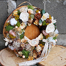 Dekorácie - Veniec na dvere prírodný,so sušenými kvetmi, celoročný, s vtáčikom - 13363573_