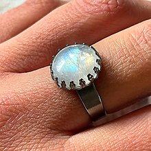Prstene - Moonstone Stainless Steel Ring / Elegantný prsteň s mesačným kameňom - oceľ - 13361153_