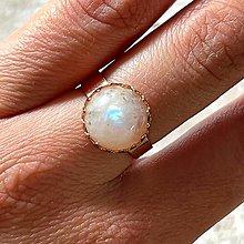 Prstene - Moonstone Stainless Steel Rose Gold Ring / Elegantný prsteň s mesačným kameňom - 13361256_