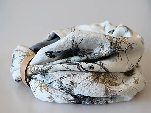 Štýlový ľanový nákrčník motýle