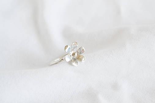 Strieborný prsteň - Kvietok