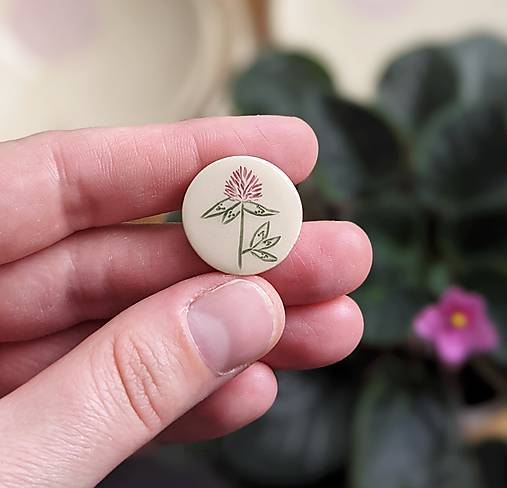 mini rastlinná brošňa